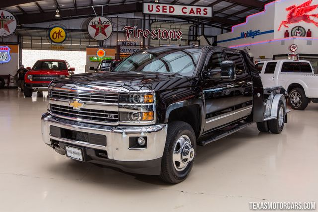 2015 Chevrolet Silverado 3500HD LTZ DRW Flatbed 4X4 in Addison Texas, 75001
