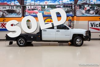 2015 Chevrolet Silverado 3500HD Flatbed Dually in Addison, Texas 75001