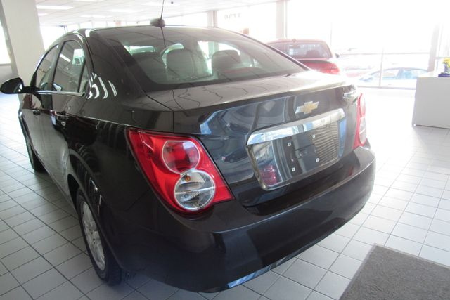 2015 Chevrolet Sonic LT Chicago, Illinois 6