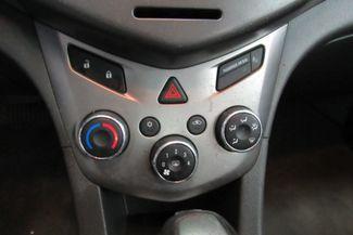 2015 Chevrolet Sonic LT Chicago, Illinois 15