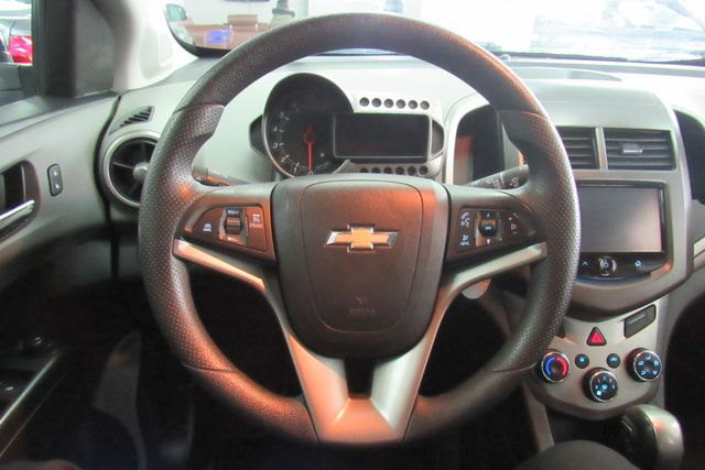 2015 Chevrolet Sonic LT Chicago, Illinois 12