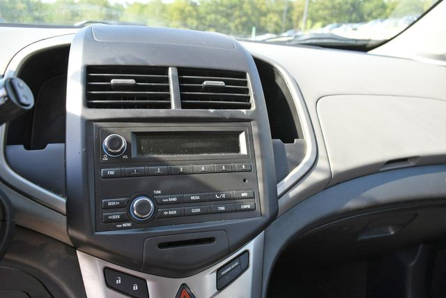2015 Chevrolet Sonic LS Naugatuck, Connecticut 21