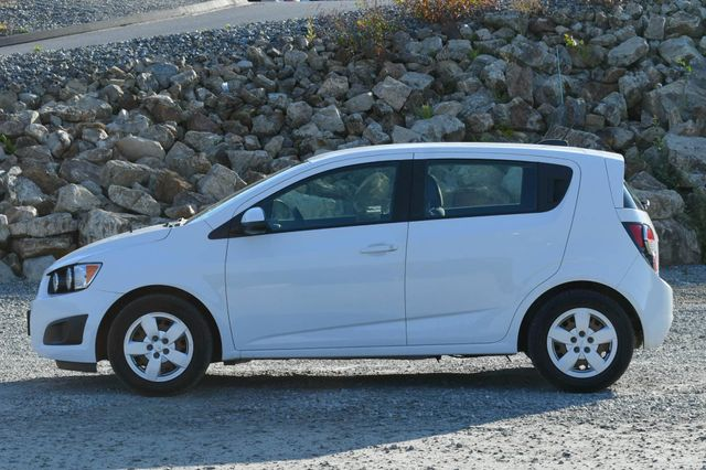 2015 Chevrolet Sonic LS Naugatuck, Connecticut 1