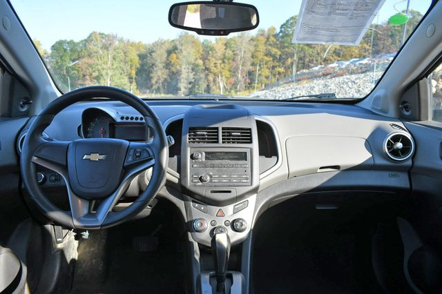 2015 Chevrolet Sonic LS Naugatuck, Connecticut 16