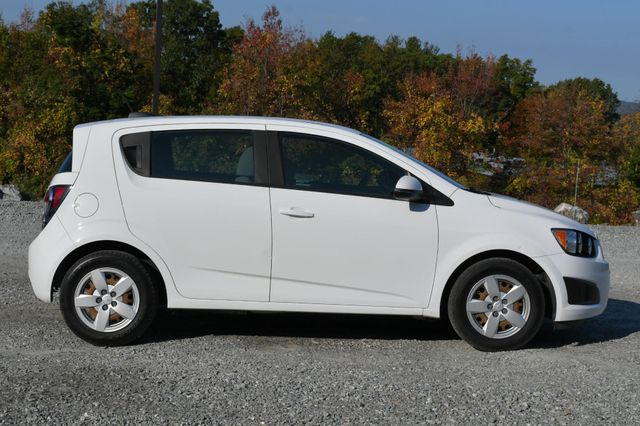 2015 Chevrolet Sonic LS Naugatuck, Connecticut 5