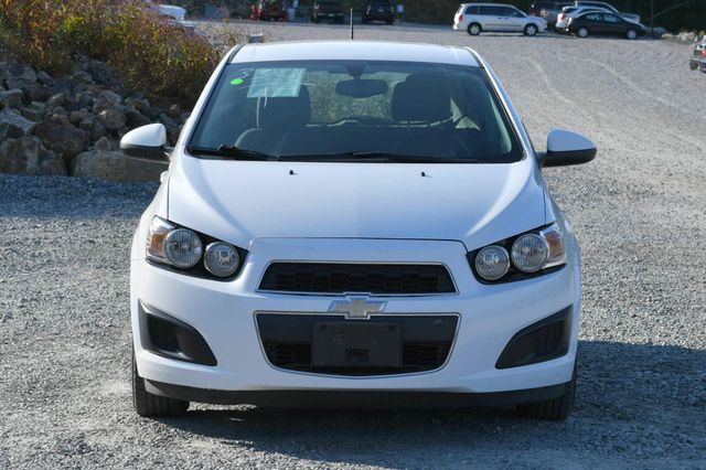 2015 Chevrolet Sonic LS Naugatuck, Connecticut 7