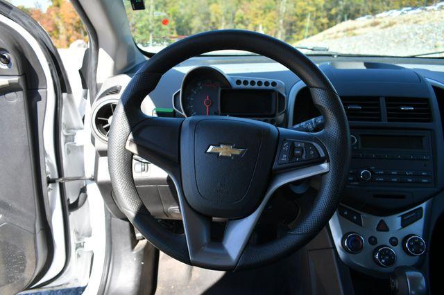 2015 Chevrolet Sonic LS Naugatuck, Connecticut 19