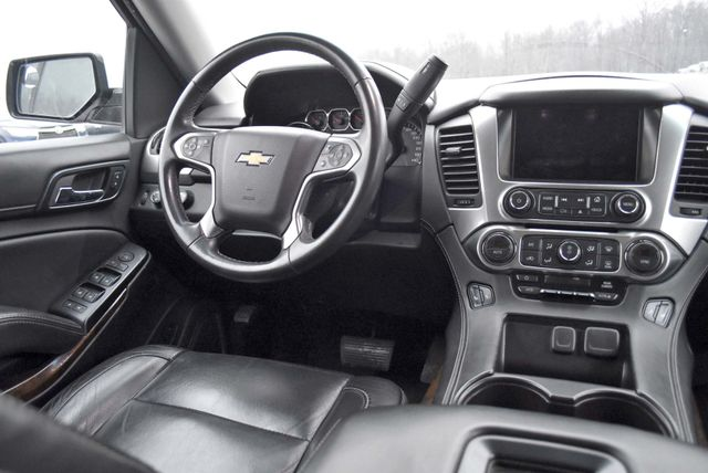 2015 Chevrolet Suburban LT Naugatuck, Connecticut 17