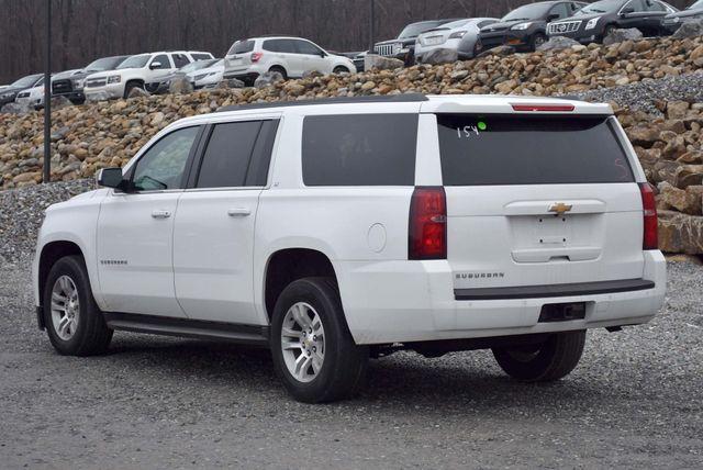 2015 Chevrolet Suburban LT Naugatuck, Connecticut 2