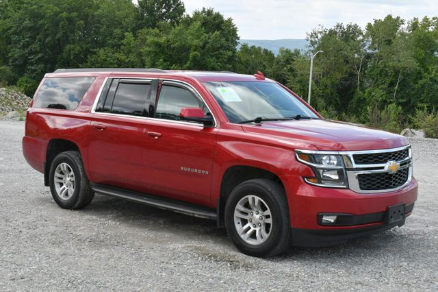 2015 Chevrolet Suburban LT Naugatuck, Connecticut 8