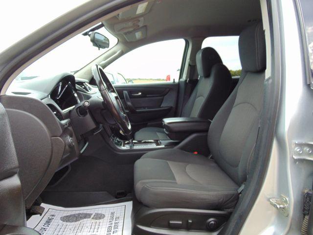 2015 Chevrolet Traverse LT Alexandria, Minnesota 6