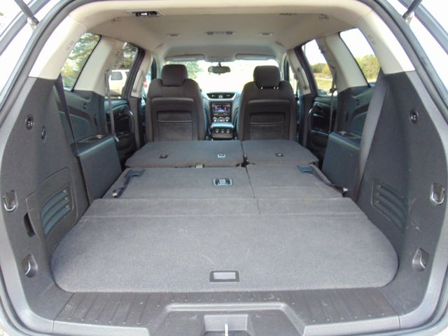 2015 Chevrolet Traverse LT Alexandria, Minnesota 32