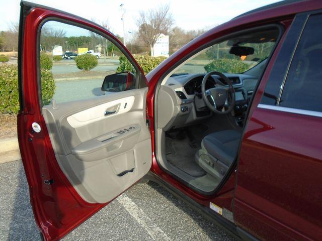 2015 Chevrolet Traverse LT in Alpharetta, GA 30004