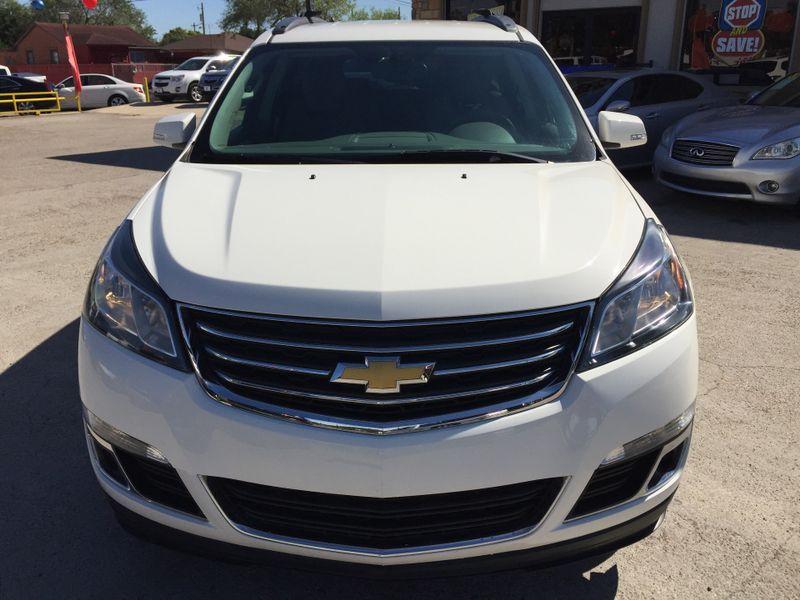 2015 Chevrolet Traverse LT  Brownsville TX  English Motors  in Brownsville, TX
