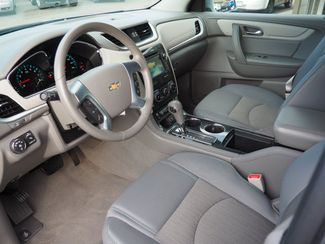 2015 Chevrolet Traverse LT Englewood, CO 14