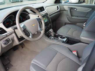 2015 Chevrolet Traverse LT Englewood, CO 14