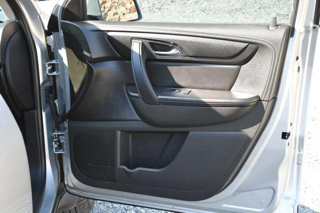 2015 Chevrolet Traverse LT Naugatuck, Connecticut 10
