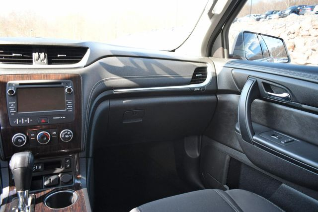 2015 Chevrolet Traverse LT Naugatuck, Connecticut 17