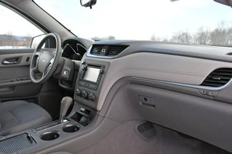2015 Chevrolet Traverse LS Naugatuck, Connecticut 10