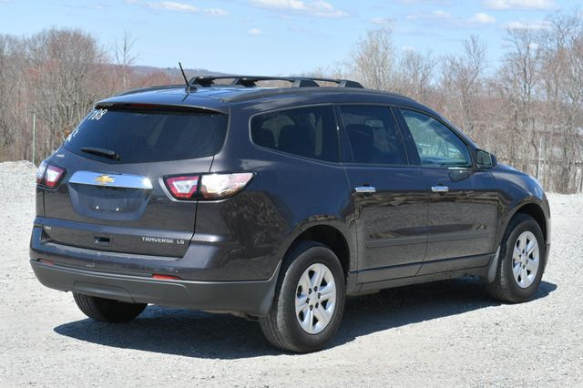 2015 Chevrolet Traverse LS AWD Naugatuck, Connecticut 6