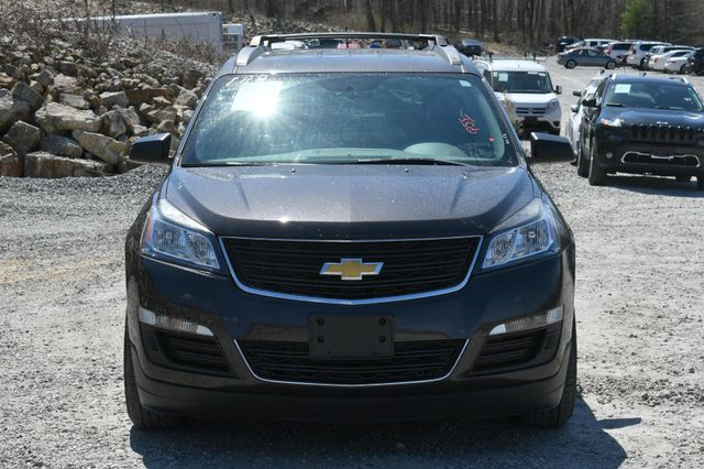 2015 Chevrolet Traverse LS AWD Naugatuck, Connecticut 9