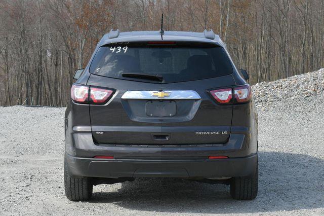 2015 Chevrolet Traverse LS Naugatuck, Connecticut 5