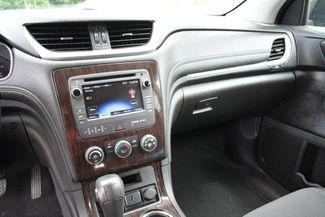 2015 Chevrolet Traverse LT AWD Naugatuck, Connecticut 17