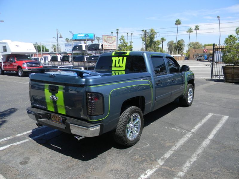 2019 Chevy/Gmc Tonneau Covers   in Mesa, AZ
