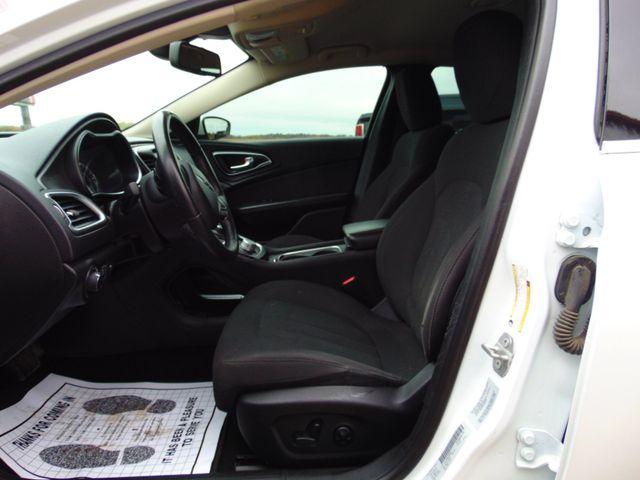 2015 Chrysler 200 Limited Alexandria, Minnesota 5