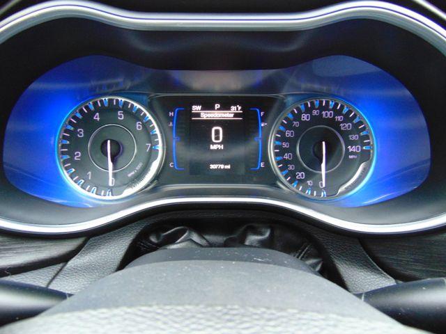 2015 Chrysler 200 Limited Alexandria, Minnesota 14