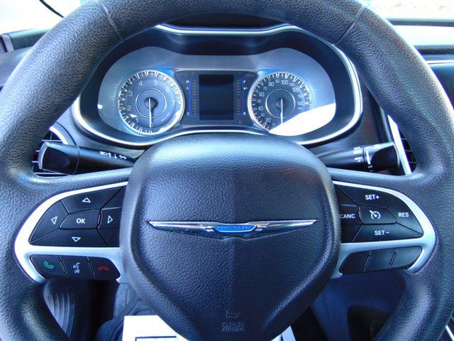 2015 Chrysler 200 Limited Alexandria, Minnesota 15