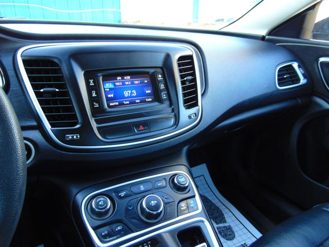 2015 Chrysler 200 Limited Alexandria, Minnesota 7
