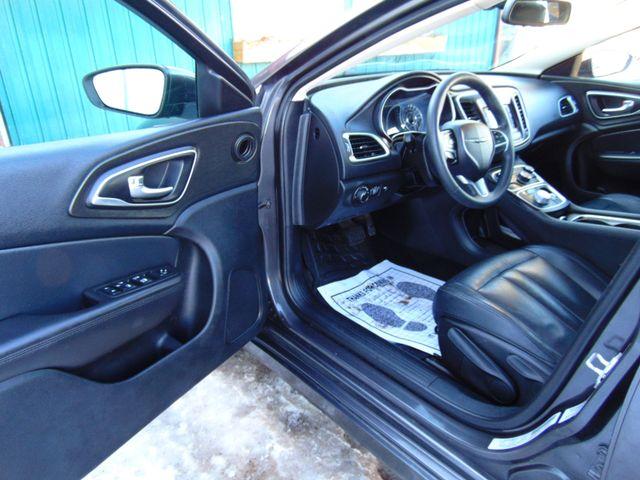 2015 Chrysler 200 Limited Alexandria, Minnesota 12