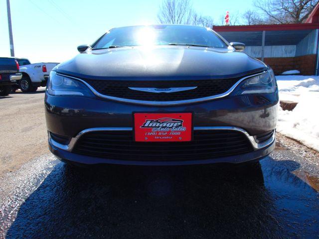 2015 Chrysler 200 Limited Alexandria, Minnesota 27