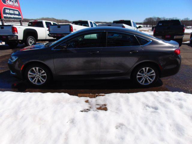 2015 Chrysler 200 Limited Alexandria, Minnesota 28