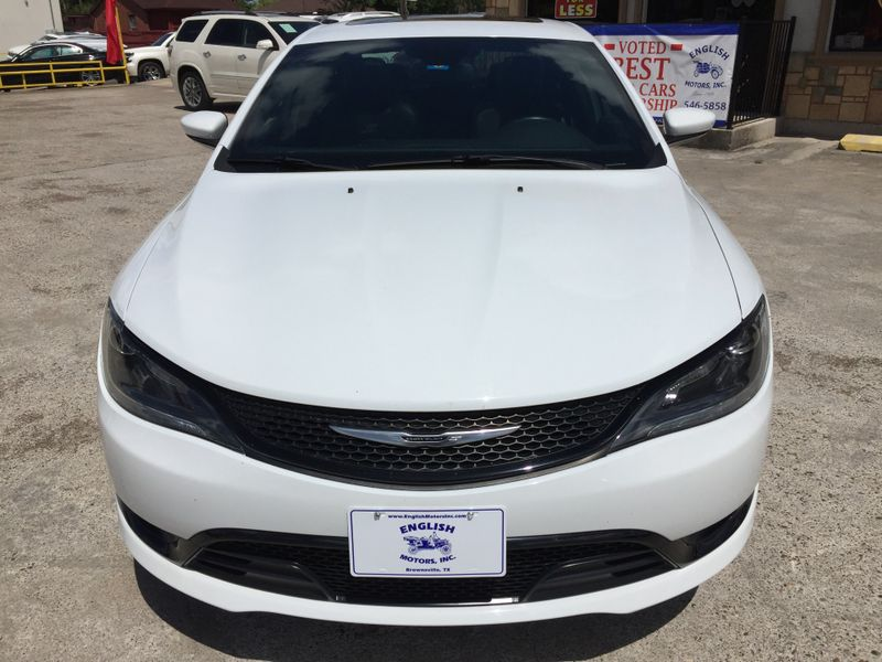 2015 Chrysler 200 S  Brownsville TX  English Motors  in Brownsville, TX