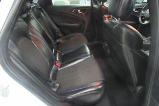 2015 Chrysler 200 S W/ NAVIGATION SYSTEM/ BACK UP CAM Chicago, Illinois 12
