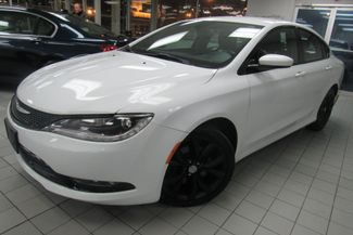 2015 Chrysler 200 S W/ NAVIGATION SYSTEM/ BACK UP CAM Chicago, Illinois 3