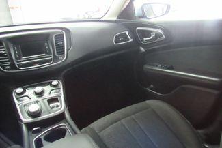 2015 Chrysler 200 Limited W/ BACK UP CAM Chicago, Illinois 25