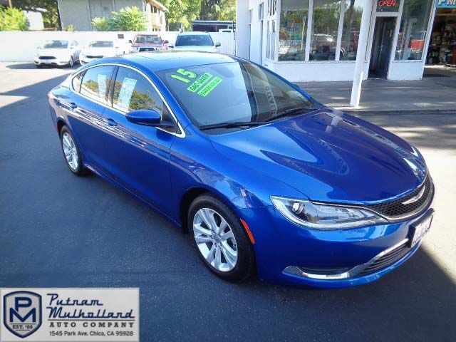 2015 Chrysler 200 Limited in Chico, CA 95928