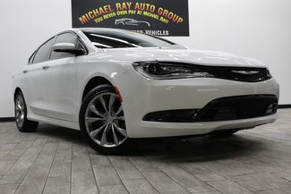 2015 Chrysler 200 S in Cleveland , OH 44111