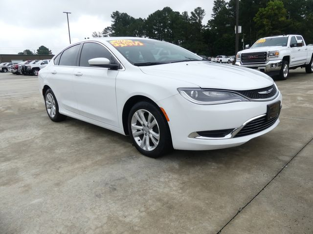 2015 Chrysler 200 Limited in Cullman, AL 35058