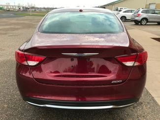 2015 Chrysler 200 Limited Farmington, MN 4