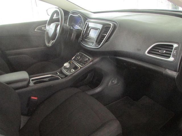 2015 Chrysler 200 Limited Gardena, California 8