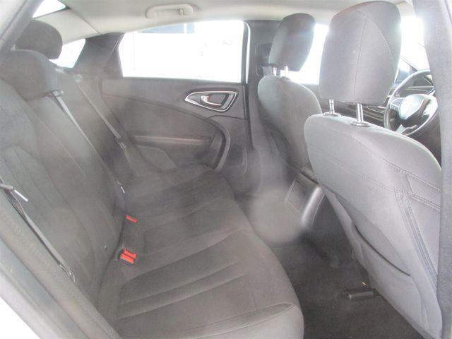 2015 Chrysler 200 Limited Gardena, California 12