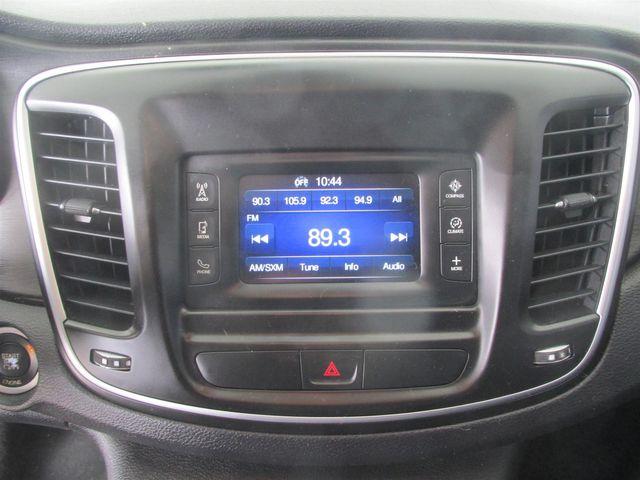 2015 Chrysler 200 Limited Gardena, California 6