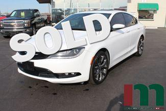 2015 Chrysler 200 S Premium | Granite City, Illinois | MasterCars Company Inc. in Granite City Illinois