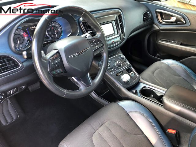 2015 Chrysler 200 S Knoxville , Tennessee 25