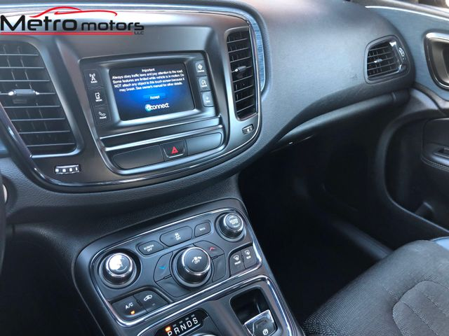 2015 Chrysler 200 S Knoxville , Tennessee 20