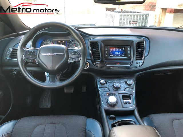 2015 Chrysler 200 S Knoxville , Tennessee 51